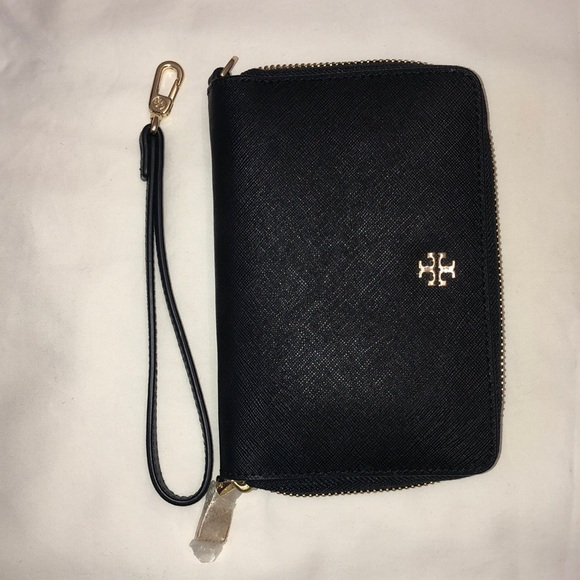 Tory Burch Handbags - Tory Burch small leather wallet/clutch
